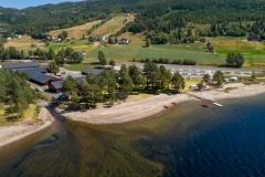 Strand, utescene og parkområde